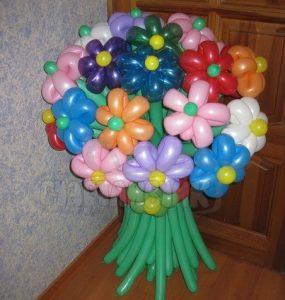 Цветочки из шариков
